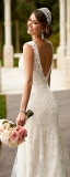 Декольте на спине свадебного платья