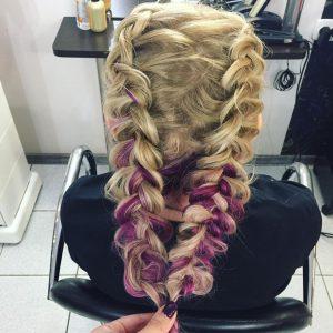 Прически, прически фото, прически на выпускной, прически на длинные волосы, прически на короткие волосы, прически на средние волосы, прически для девочек, детские прически, детские прически на выпускной, прически в сад, канекалон, косы с канекалоном, как вплести канекалон, косички с канекалоном