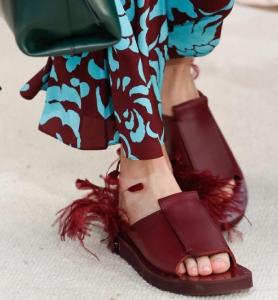 тренды обувь 2019, обувь 2019, обувь весна лето 2019, весенняя обувь 2019, летняя обувь 2019, модная обувь 2019, женская обувь весна лето 2019, женская обувь весна 2019, женская летняя обувь 2019, лето 2019, весна 2019, тренды в обуви, тренды в одежде 2019, обувь лето 2019, обувь весна 2019, купить обувь, сабо 2019, мюли 2019, шлепанцы 2019, итальянский обувь, обувь сезон весна лето 2019, новинки обуви весна лето 2019, женская обувь весна лето 2019, модные тренды обуви весна лето 2019, стильная обувь весна лето 2019, актуальная обувь весна лето 2019, самая модная обувь весна лето 2019, обувь марки весна лето 2019, бренда обуви весна лето 2019, мода обувь весна лето 2019, модели обуви весна лето 2019
